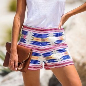 NEW En Creme Tribal Aztec Embroidered Shorts Small